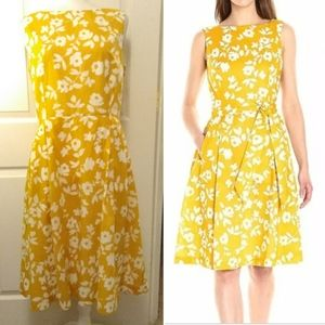 ANNE KLEIN Yellow floral fit flare dress.  Size 10